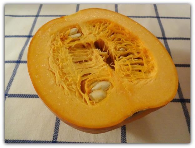 Pie pumpkin, about 7 inches in diameter, raw